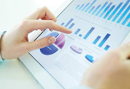 What are the Common Uses of Data Analytics in Businesses?